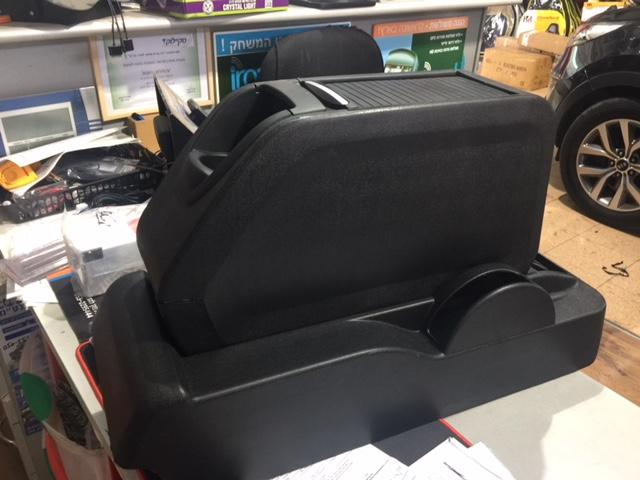 מרענן משענת יד תא חפצים לרכב סיטרואן ברלינגו / פיג'ו פרטנר FX-89